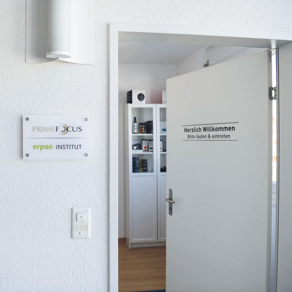 Derendingen-Tür-web